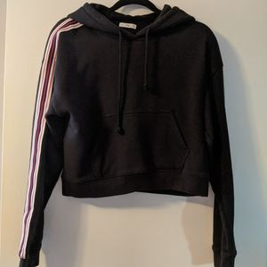 Aritzia TNA cropped hoodie